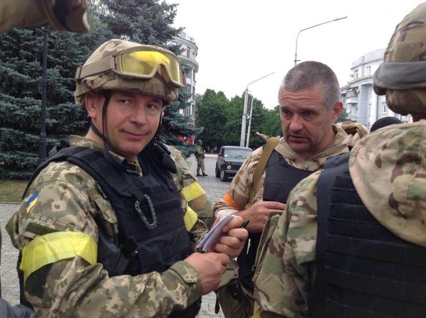 Артемовск под контролем украинских силовиков: в город вошла тяжелая техника (ФОТО + ВИДЕО), фото-8