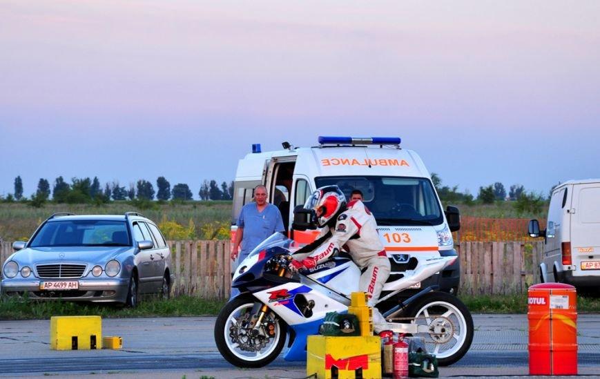 ФОТОРЕПОРТАЖ: В Запорожье байкеры сразились с автогонщиками, фото-13