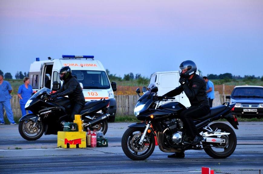 ФОТОРЕПОРТАЖ: В Запорожье байкеры сразились с автогонщиками, фото-18