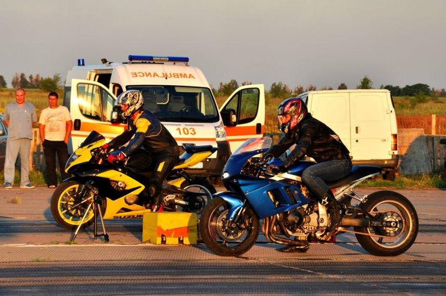 ФОТОРЕПОРТАЖ: В Запорожье байкеры сразились с автогонщиками, фото-5
