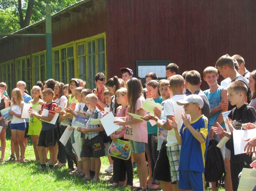 На львівській «Наварії» молоді атлети розіграли кубки та медалі (фоторепортаж), фото-12