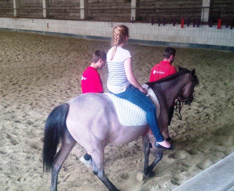 У Львові неповносправних діток лікують коні (фоторепортаж), фото-2