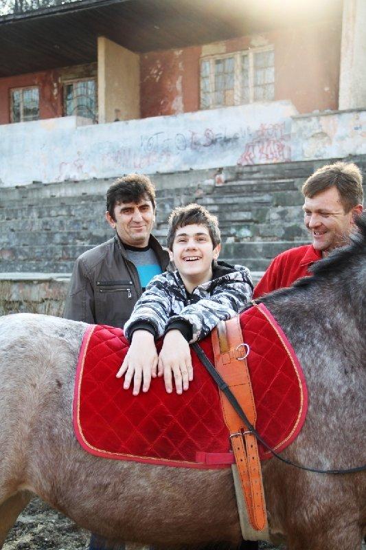 У Львові неповносправних діток лікують коні (фоторепортаж), фото-3