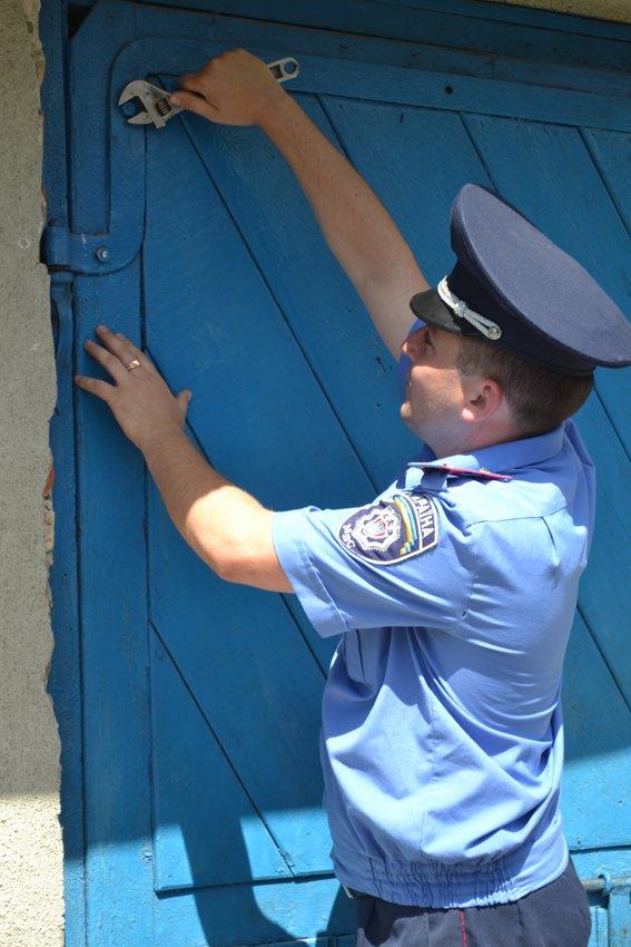 На Рівненщині дільничний інспектор допомагає родині мобілізованого (Фото), фото-2