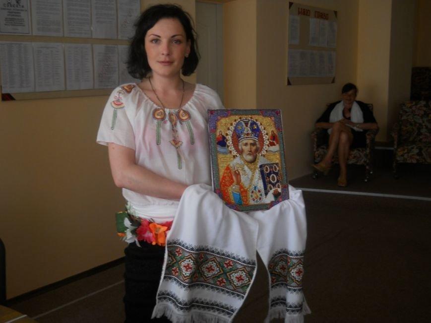 Осужденные Черниговской исправительной колонии показали свои таланты вышивальщиц, фото-3