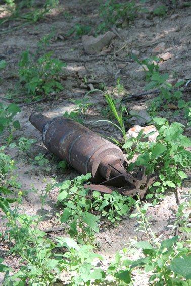 Возле Елецкого монастыря в Чернигове нашли снаряд, фото-2