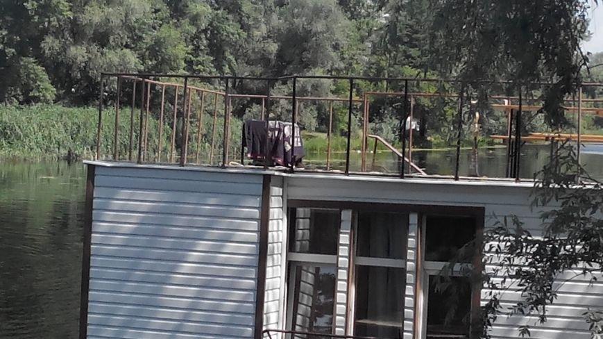 В Сумах из-за аварии на плавучем доме по Пслу растянулась маслянистая пленка (ФОТО), фото-6