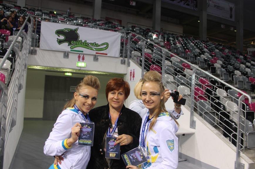 Красноармейские спортсменки в составе сборной Украины достойно выступили на чемпионате Европы по черлидингу, фото-2