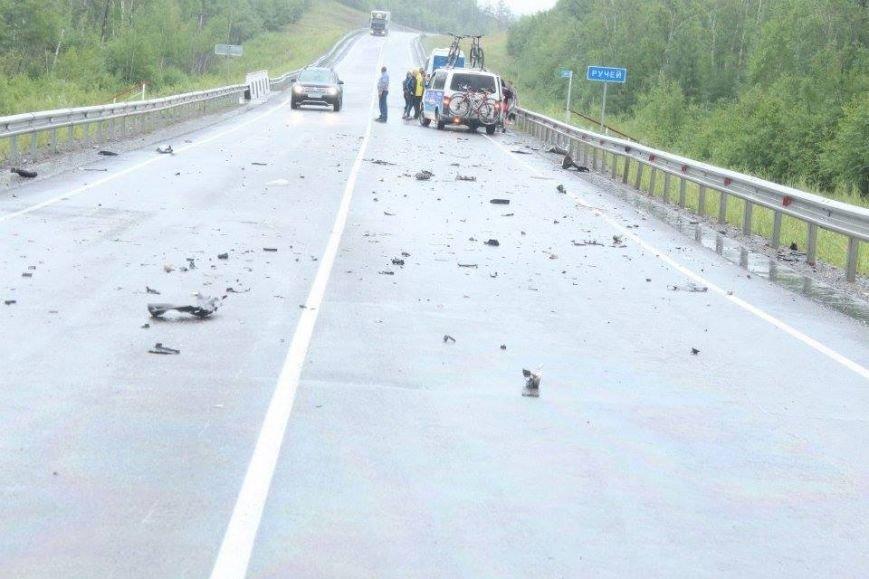 Бывшие беспризорники из Мариуполя в России оказали помощь пострадавшим в аварии (ФОТО), фото-5