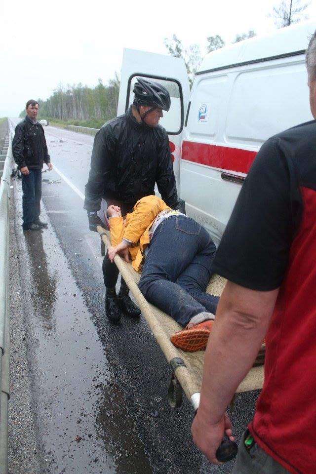 Бывшие беспризорники из Мариуполя в России оказали помощь пострадавшим в аварии (ФОТО), фото-3