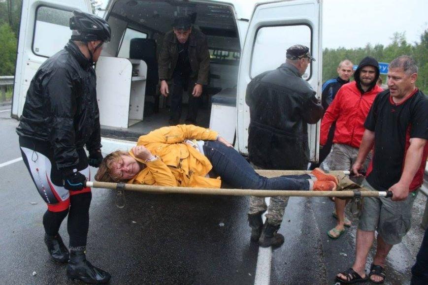 Бывшие беспризорники из Мариуполя в России оказали помощь пострадавшим в аварии (ФОТО), фото-1