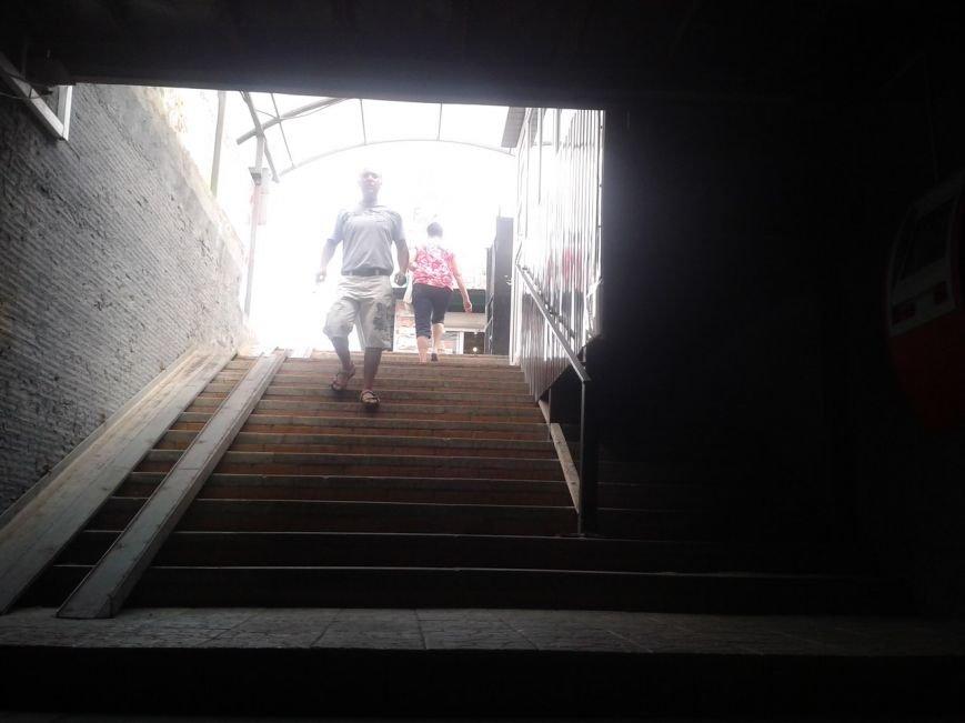 В Сумах единственный подземный переход застроили киосками (ФОТО), фото-2