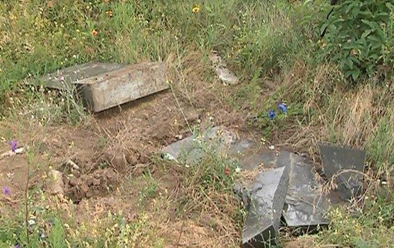 В Кривом Роге задержаны «кладбищенские» воры, фото-1