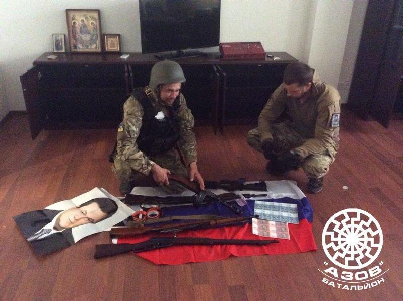 В Мариуполе силовики проводят спецоперацию на рынке «Азовский», принадлежащем семье Януковича (Дополнено), фото-3