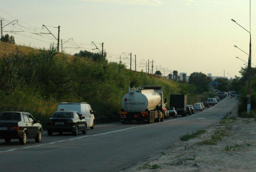 Подробности ДТП на мосту в Запорожье: водителю легковушки стало плохо за рулём (ФОТО), фото-3