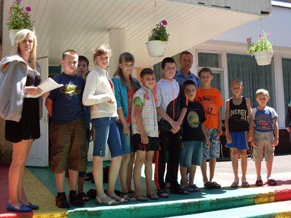 Рівненські правоохоронці-транспортники відвідали дитячий табір (Фото), фото-1