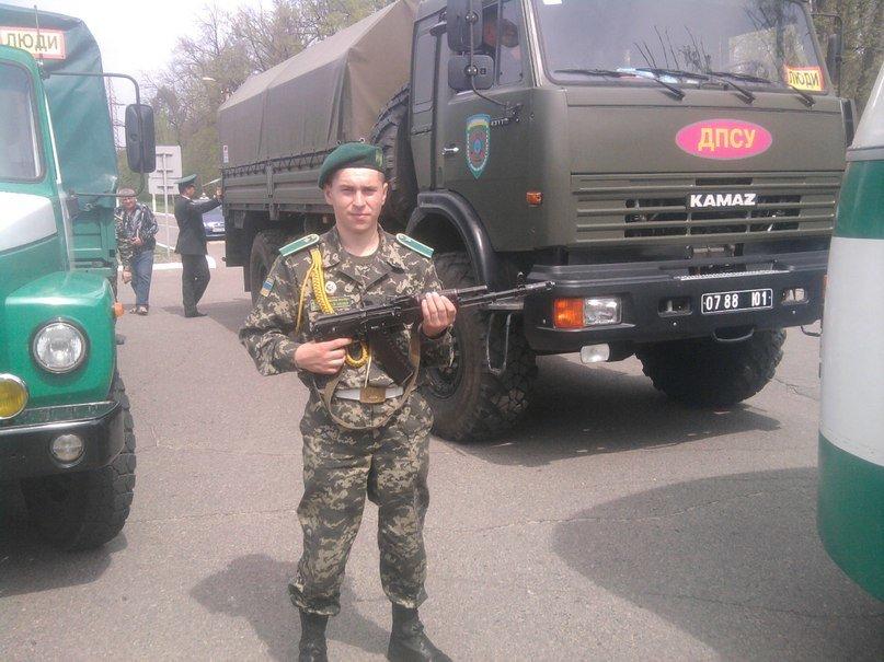 Сепаратисти захопили у полон 20-річного львів'янина (фоторепортаж), фото-8