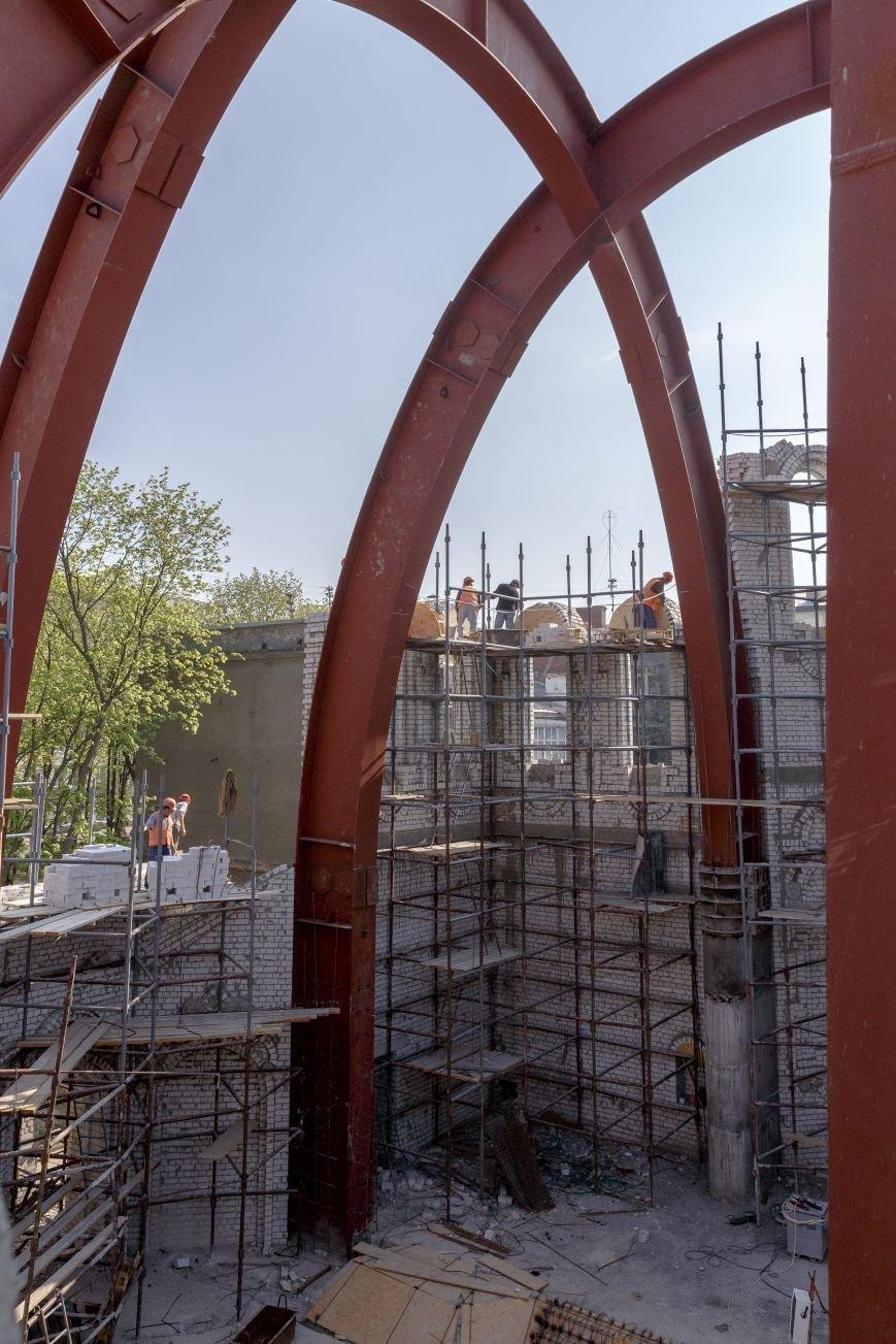 Скандал вокруг масштабной стройки в центре Харькова сошел на нет: храм Жен-Мироносиц возведут быстрее, чем планировали, фото-6