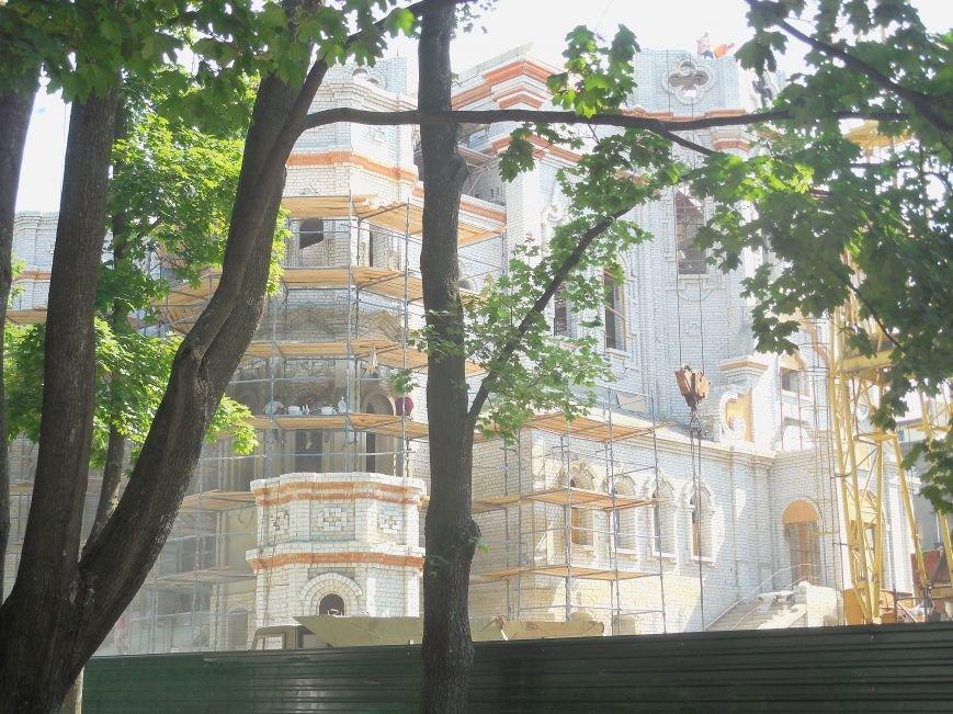 Скандал вокруг масштабной стройки в центре Харькова сошел на нет: храм Жен-Мироносиц возведут быстрее, чем планировали, фото-5