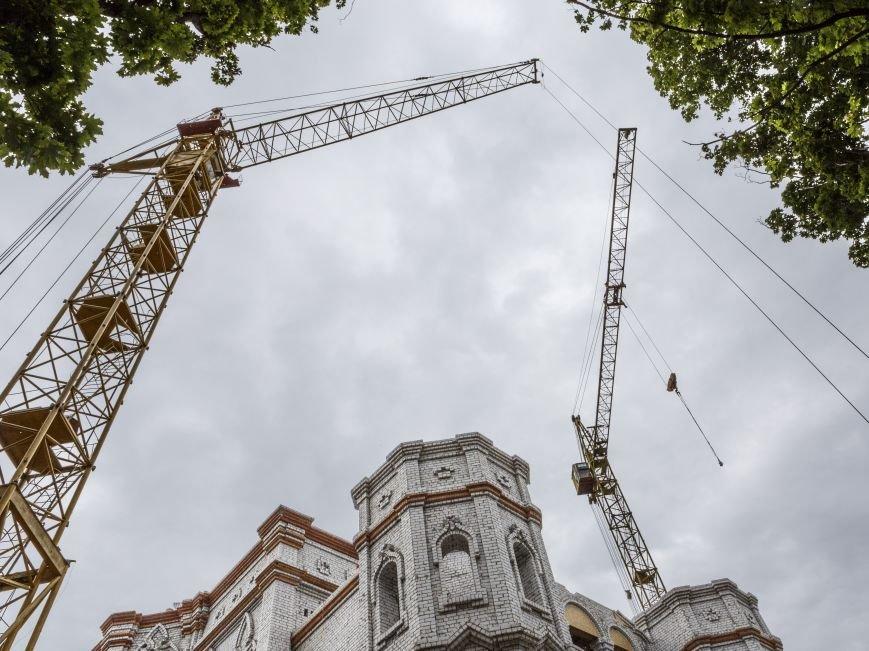 Скандал вокруг масштабной стройки в центре Харькова сошел на нет: храм Жен-Мироносиц возведут быстрее, чем планировали, фото-7