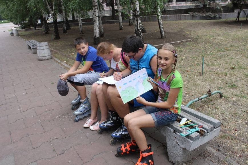 Криворожские дети поддерживают боевой дух солдат в зоне АТО (ФОТО), фото-3