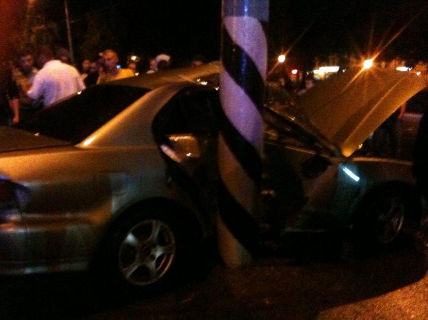 В Сумах пьяный водитель из России врезался в столб. Умерла пассажирка (ФОТО), фото-2