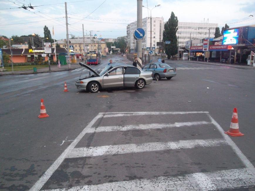 В Сумах пьяный водитель из России врезался в столб. Умерла пассажирка (ФОТО), фото-8