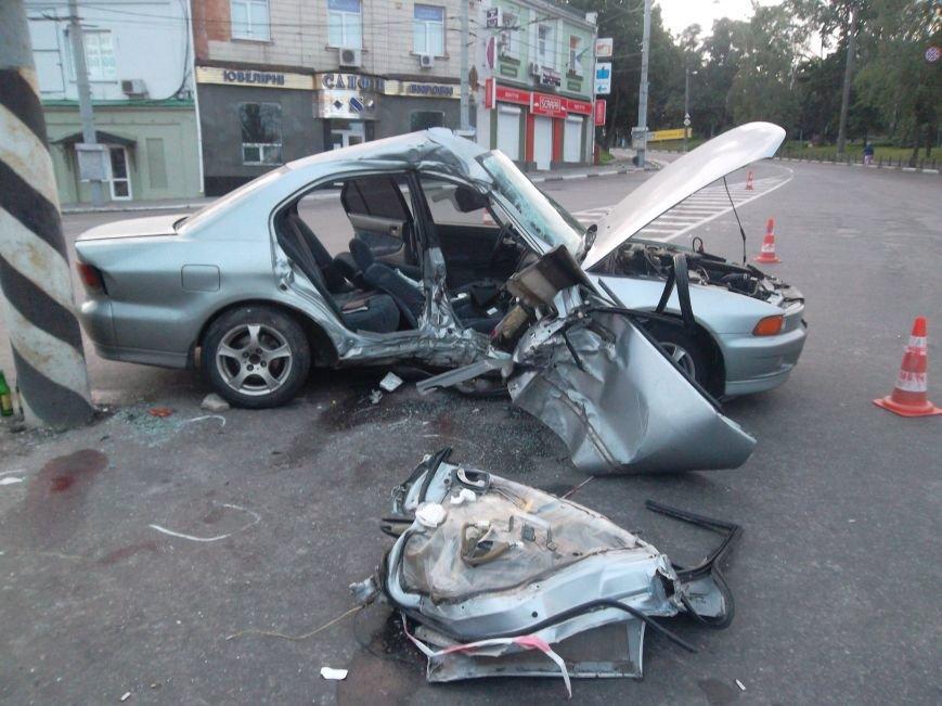 В Сумах пьяный водитель из России врезался в столб. Умерла пассажирка (ФОТО), фото-11