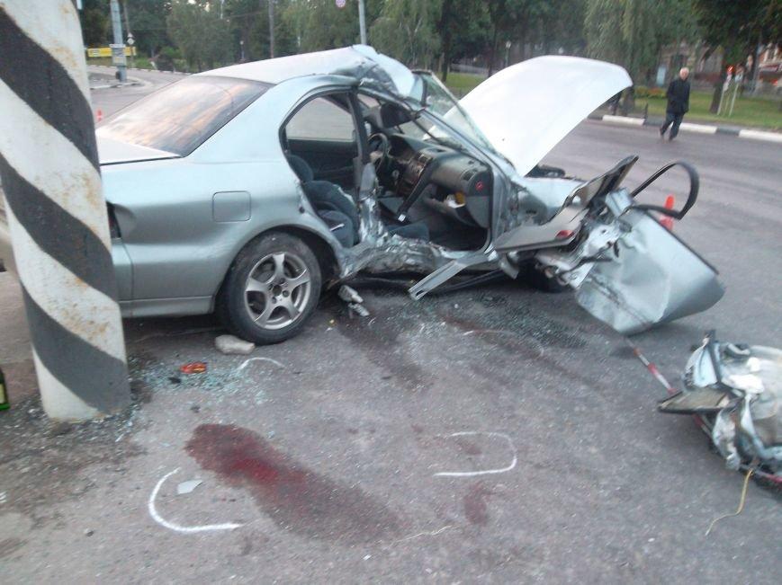 В Сумах пьяный водитель из России врезался в столб. Умерла пассажирка (ФОТО), фото-12