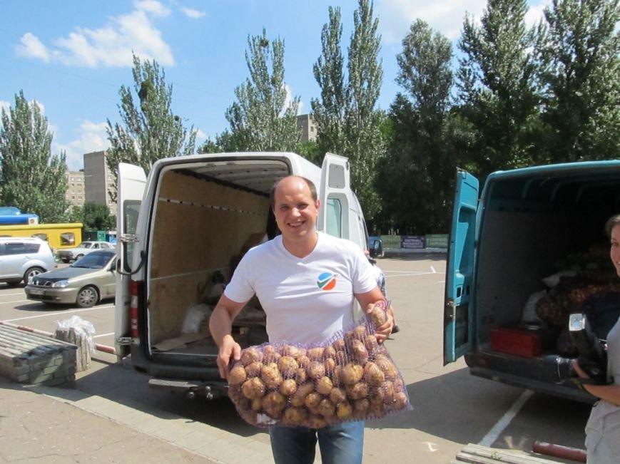 Сумы-Славянск. В освобожденный от боевиков город прибыла гуманитарная помощь для «детей необъявленной войны» (ФОТО), фото-4