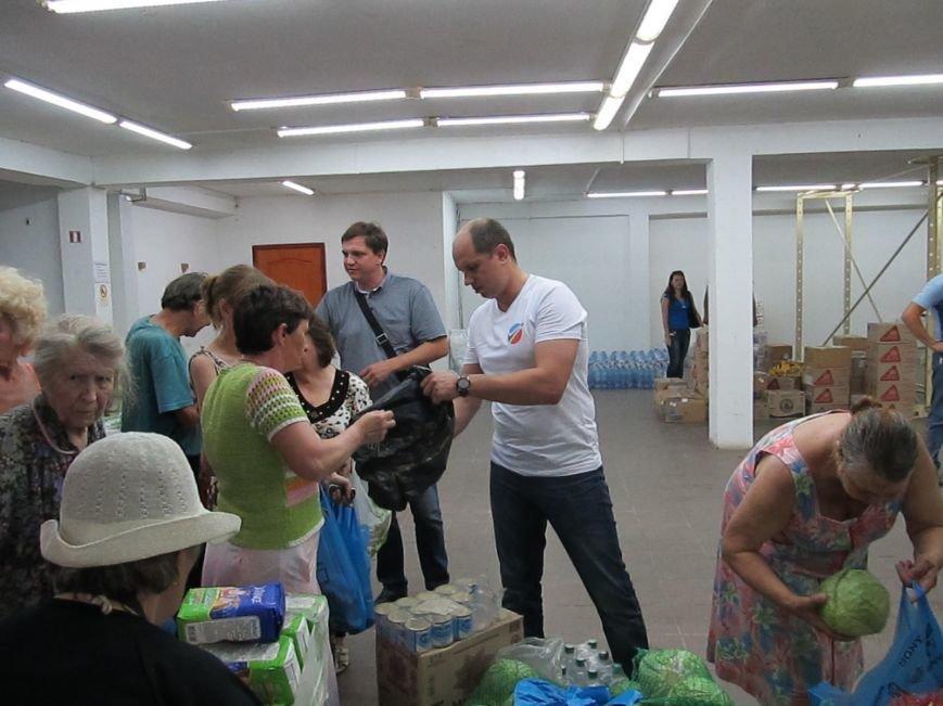 Сумы-Славянск. В освобожденный от боевиков город прибыла гуманитарная помощь для «детей необъявленной войны» (ФОТО), фото-5