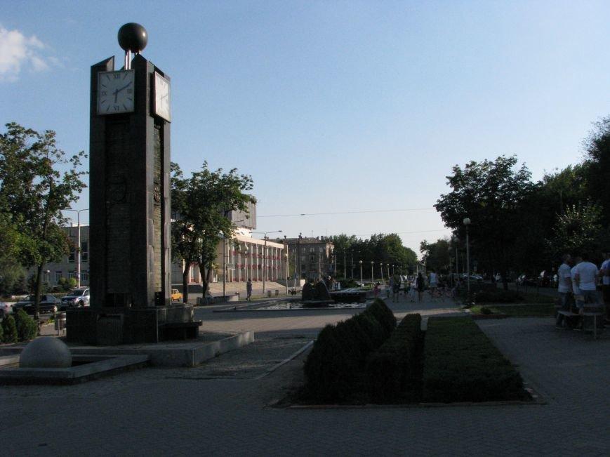 Парк трудовой славы: многолюдно и грязно (фото) - фото 3