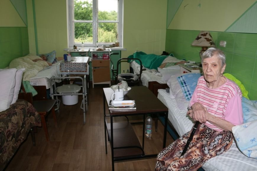 Пристроить одинокого черниговского старика в хорошие руки – дело хлопотное и денежное, фото-2