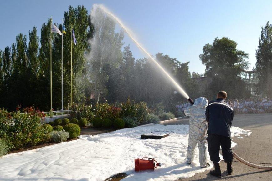 ФОТОРЕПОРТАЖ: запорожские дети спасали друг дружку и упражнялись на точность с пожарным гидрантом, фото-8