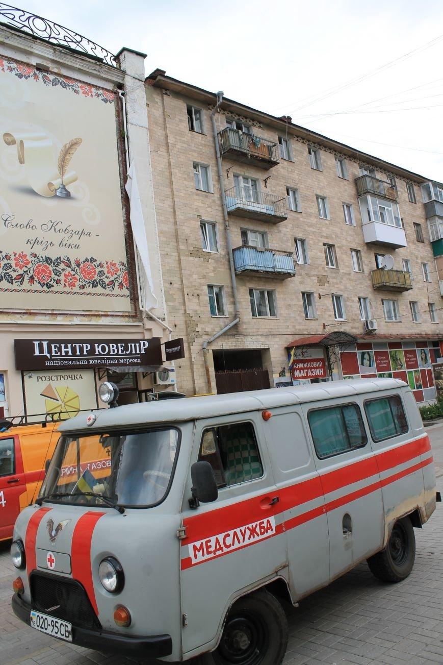 В центре Сум душевнобольной угрожал взорвать дом (ФОТО), фото-6