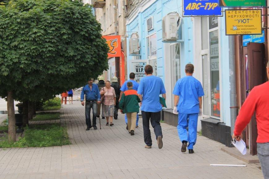 В центре Сум душевнобольной угрожал взорвать дом (ФОТО), фото-3