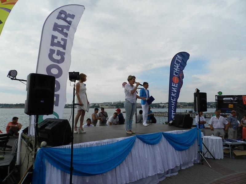 Рыбаков поздравляет Татьяна Щербакова