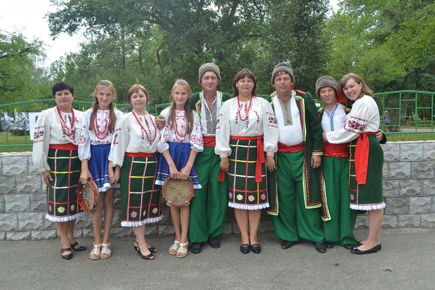 В Запорожье на фестивале семейные коллективы спели свои любимые песни (ФОТО), фото-15