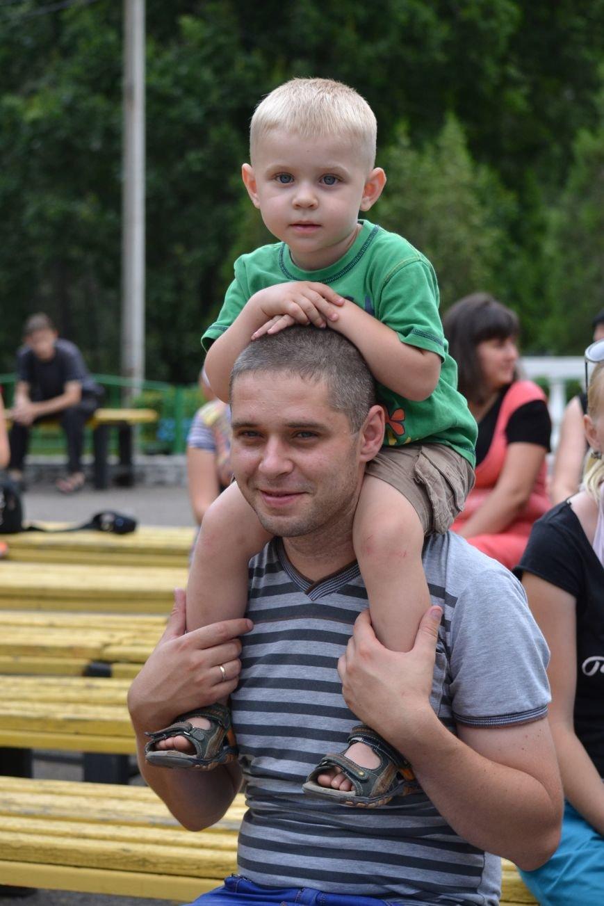 В Запорожье на фестивале семейные коллективы спели свои любимые песни (ФОТО), фото-5