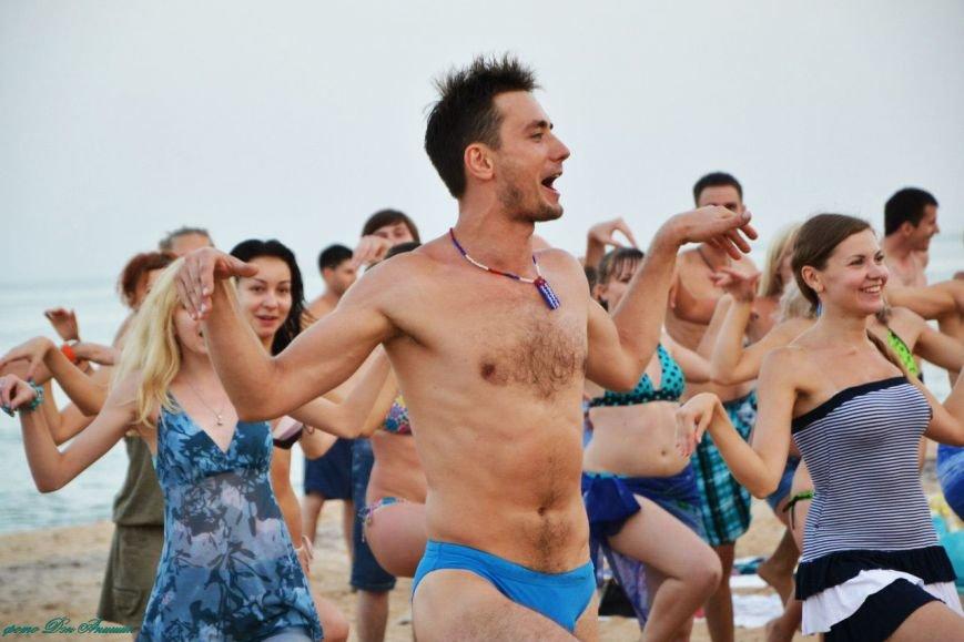 На пляже Мариуполя устроили танцевальную феерию (ФОТО), фото-6