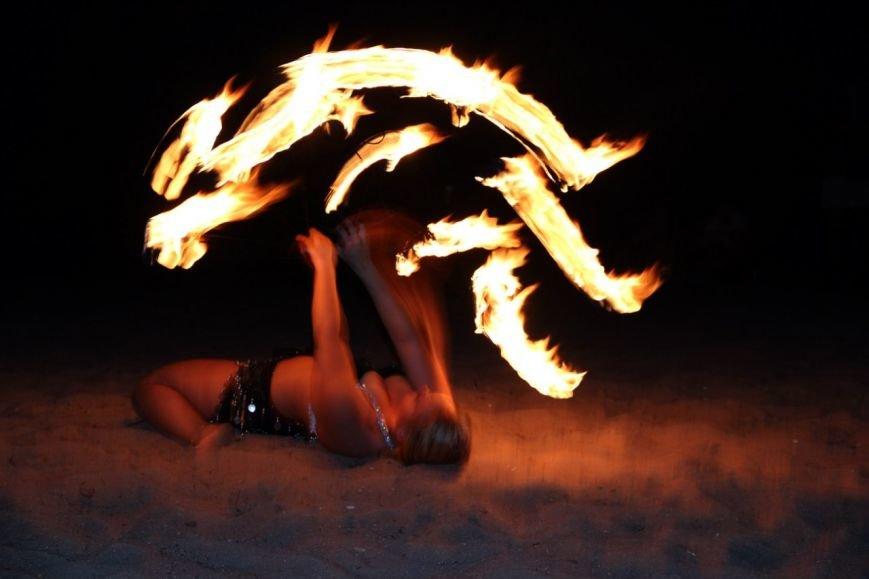 На пляже Мариуполя устроили танцевальную феерию (ФОТО), фото-12
