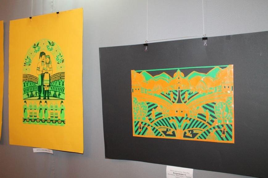На выставке «Дивоцвіти Часів Яру» объединили работы современников и аутентичные работы народного творчества (ФОТО+ВИДЕО), фото-13