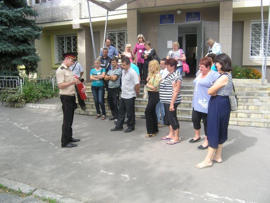 Суми: рятувальники провели «урок безпеки» для прийомних батьків, фото-4