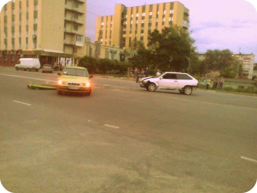 В Сумах из-за пьяного водителя на Харьковской крупная авария(ФОТО), фото-1