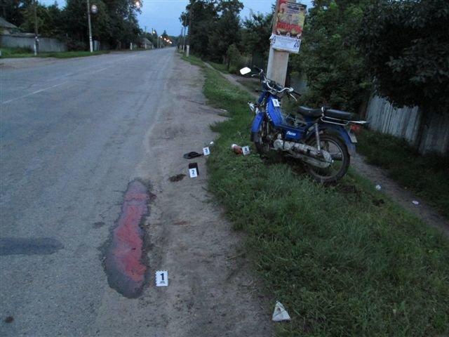 На Сумщине мопед врезался в столб: водитель мертв, пассажир в больнице, фото-4