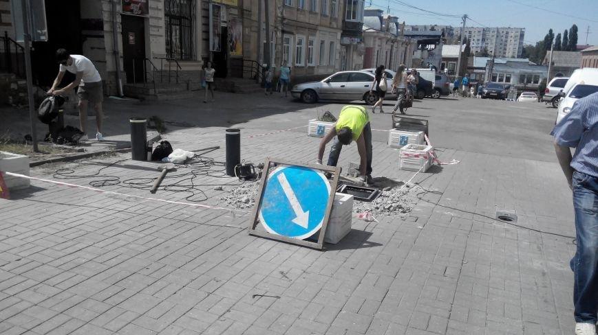 В Сумах взялись за ремонт болларда (ФОТО), фото-2