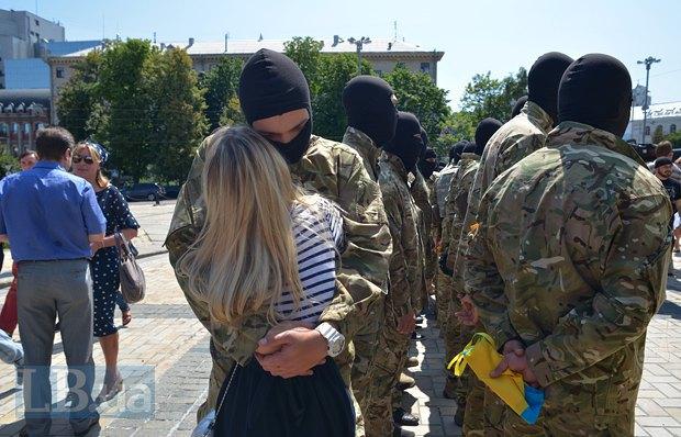 В Киеве в зону АТО провожали новобранцев батальона «Азов» (ФОТО), фото-14