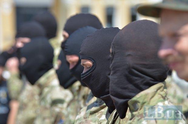 В Киеве в зону АТО провожали новобранцев батальона «Азов» (ФОТО), фото-7