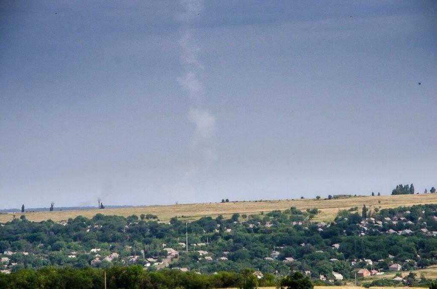 Жители Тореза засняли инверсионный след от выстрела по «Боингу-777» (ФОТО), фото-1
