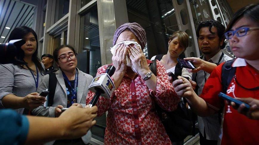 На месте авиакатастрофы пассажирского «Боинга» на Донетчине уже обнаружили тела 121 погибшего (ВИДЕО+ФОТО), фото-7